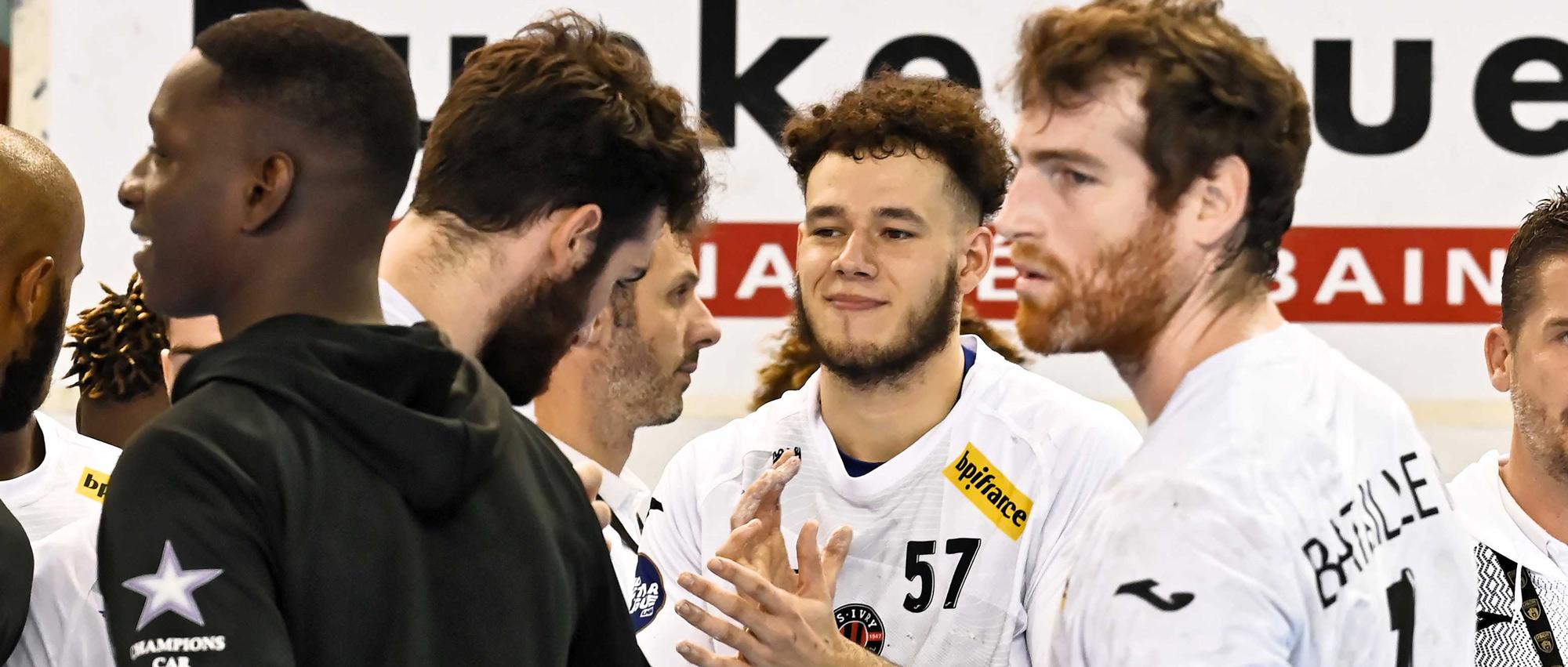Axel Cochery (ici de face au centre), 20 ans et formé à Ivry, a été sacré Champion du monde avec l'équipe de France U21 cet été.