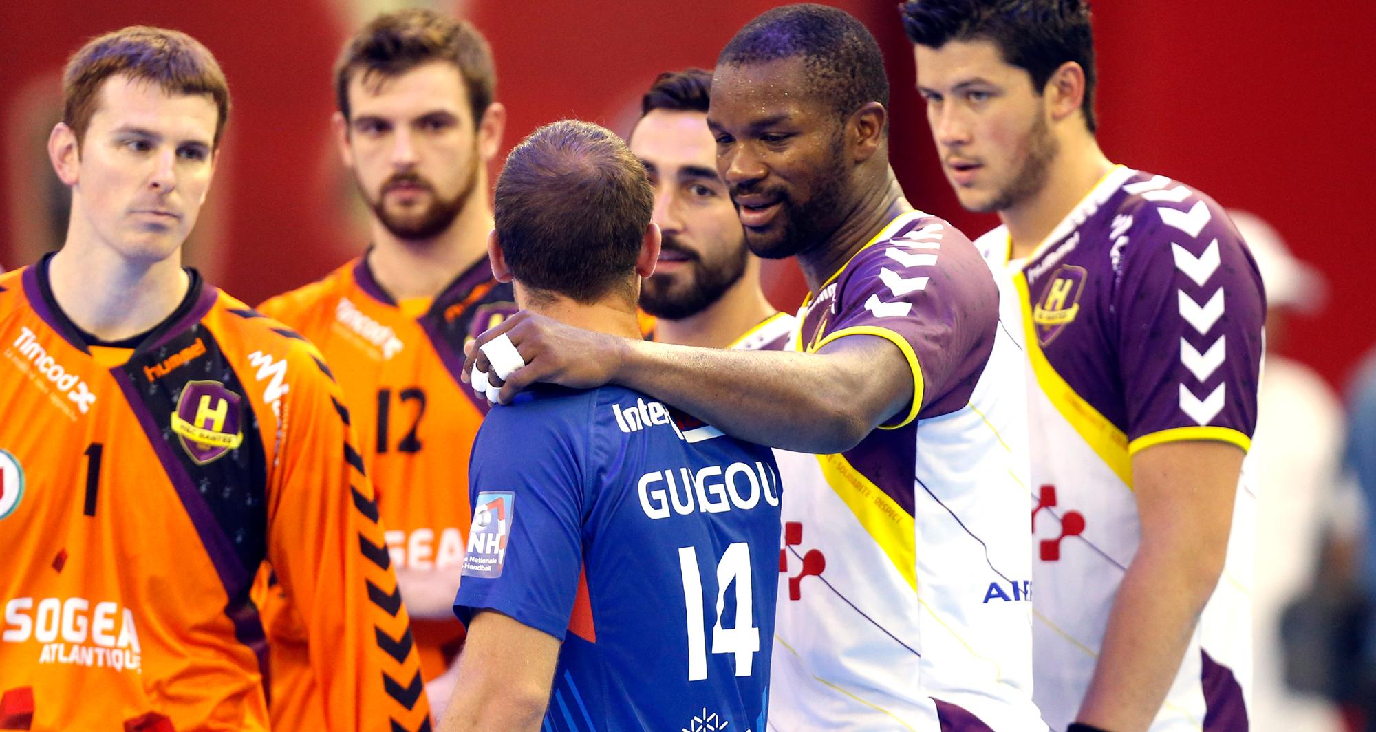 Rock Feliho et Michaël Guigou, meilleurs amis dans la vie et adversaires sur le terrain, comme ici lors de la saison 2014-2015