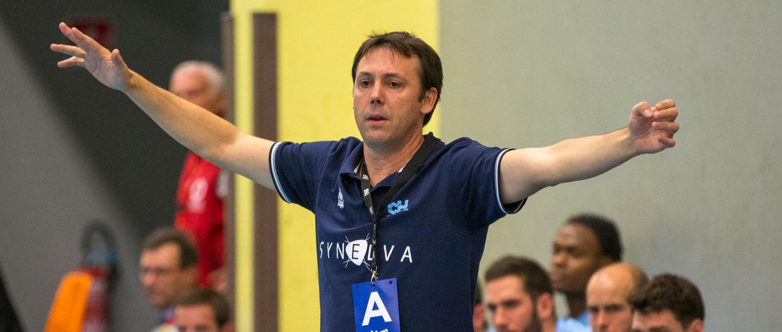 Jérome Delarue est l'entraîneur principal du C'Chartres depuis le début de la saison 18-19.