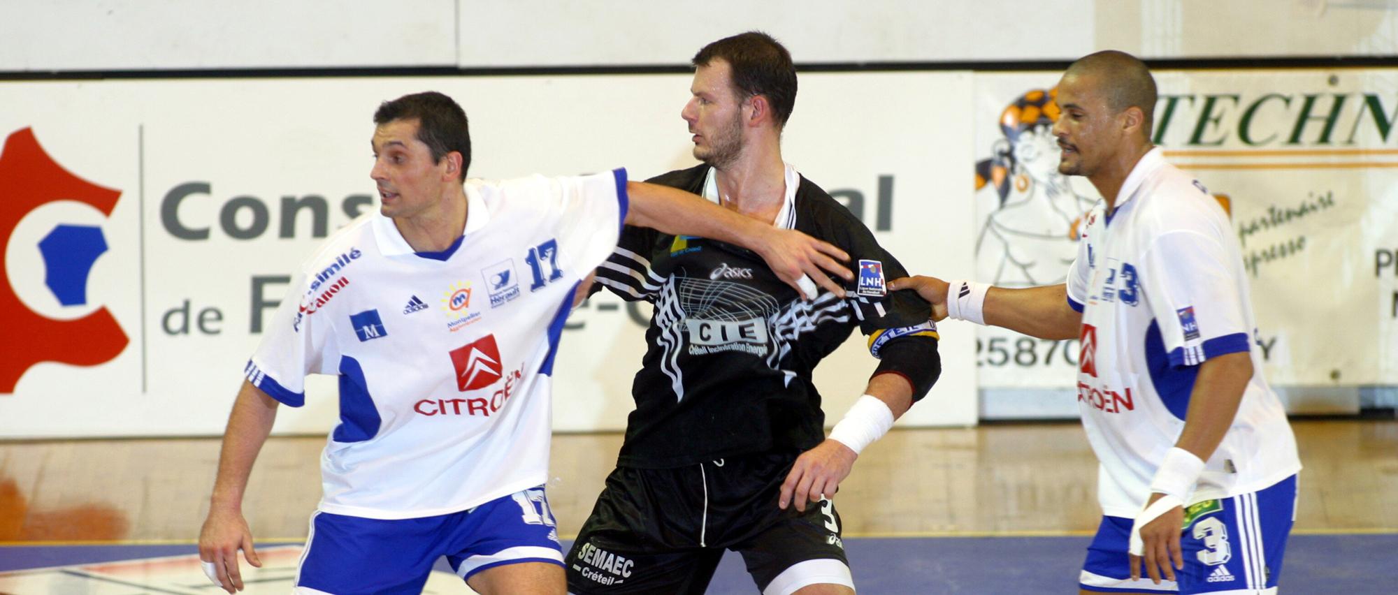 Lors de la saison 2002-2003, Guéric Kervadec a remporté la Coupe de la Ligue avec Créteil.