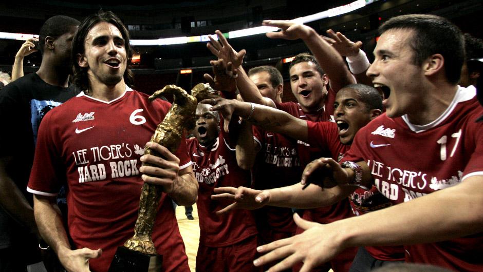 Miami en 2009, Bastien Cismondo et les istréens remportent la Coupe de la Ligue